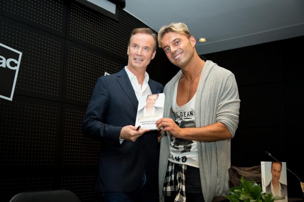 Eu e o cantor Sérgio Rossi.
